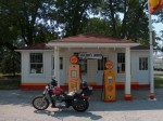 Vintage Shell station on old 66